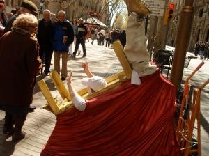 A street performer on Las Ramblas